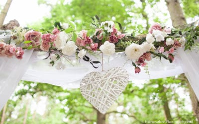 A dreamy woodland DIY wedding at Captains Wood Barn, Essex – Natural, relaxed timeless wedding photography in Essex